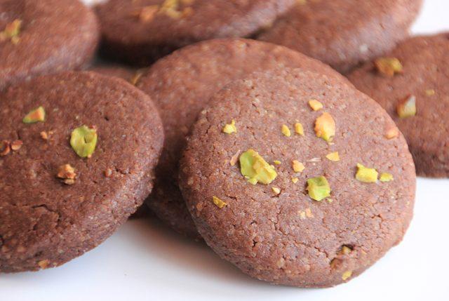 Galletas chocolate y pistachos